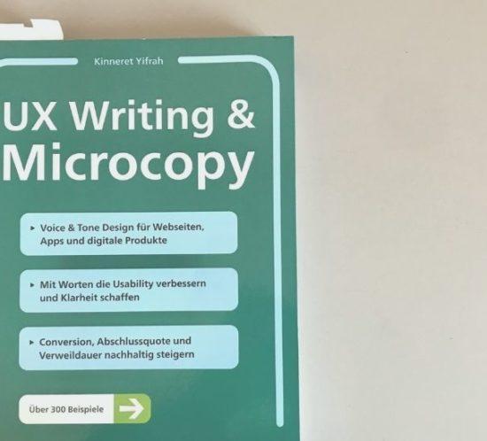 """Foto vom Buch """"UX Writing und Microcopy"""" von Kinneret Yifrah"""